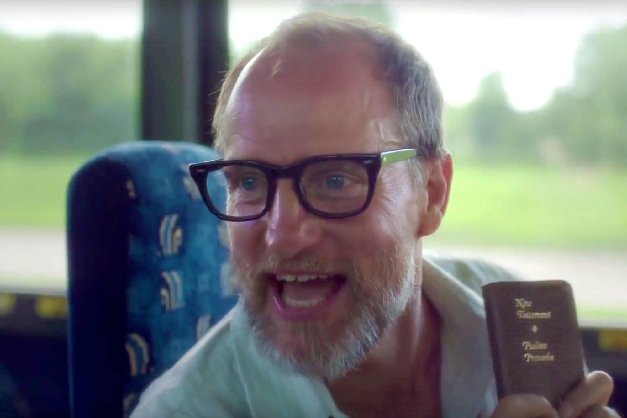 Woody Harrelson Wilson Glasses Wilson 2017 Movie